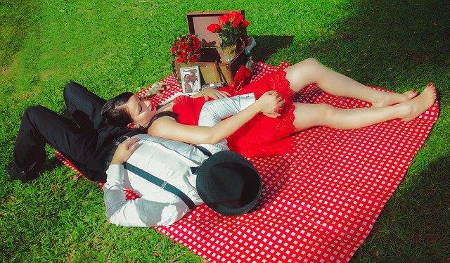 odpočinek na pikniku