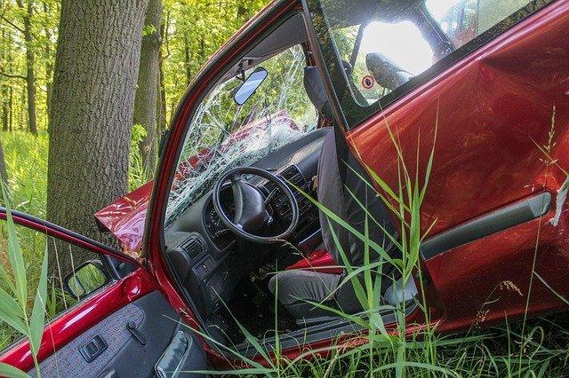 nehoda vozu