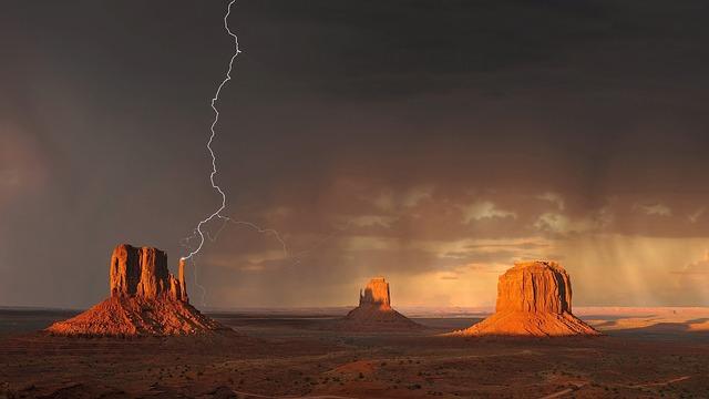 blesk nad krajinou