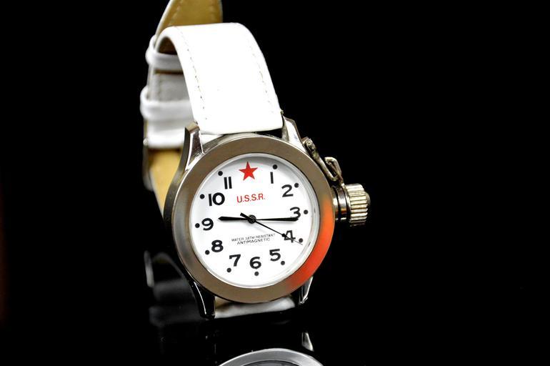 sovětské hodinky