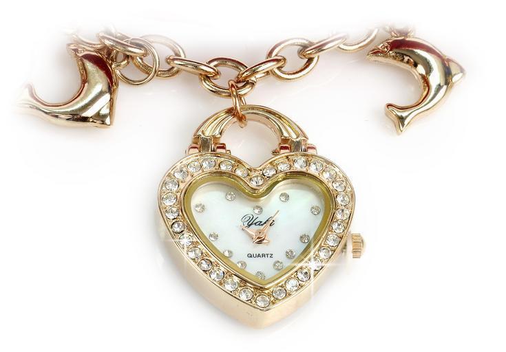 originální šperk s hodinkami